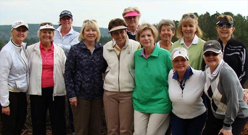 WOMENS GOLF  PICTURE MARCH 2017