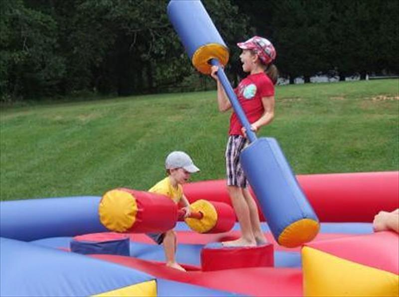PICTURE JOUST GAME OCT. 2015